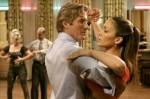 richard-gere-e-jennifer-lopez-in-una-scena-di-shall-we-dance-134979.jpg